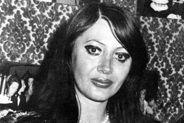 """""""La signorain rosso"""", uccisa trent'anni fa:la procurariapre il caso"""