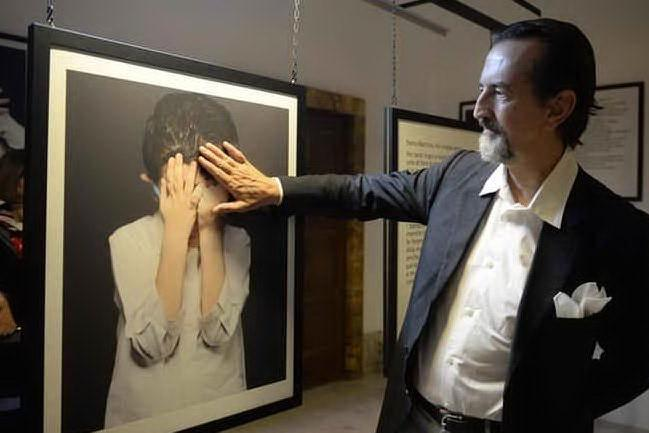 Mondo della fotografia in lutto: addio a Giovanni Gastel