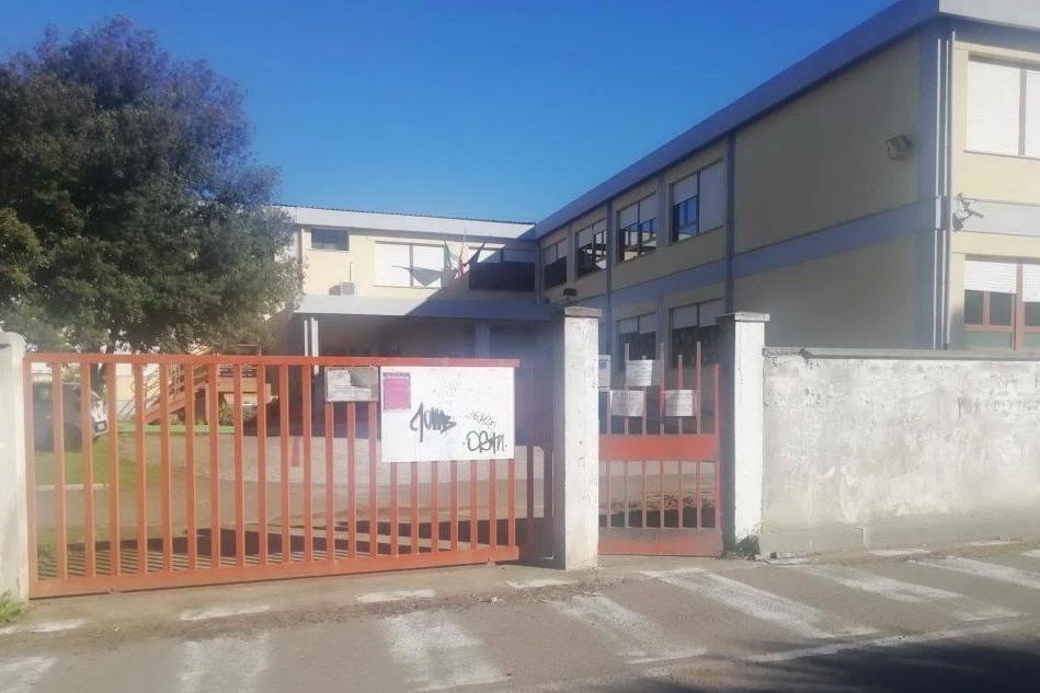 San Gavino, dopo i danneggiamenti riapre la scuola di via Foscolo