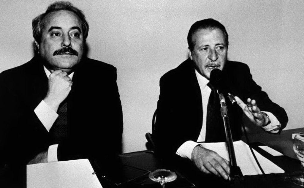 I magistrati Giovanni Falcone e Paolo Borsellino ai tempi del Maxiprocesso