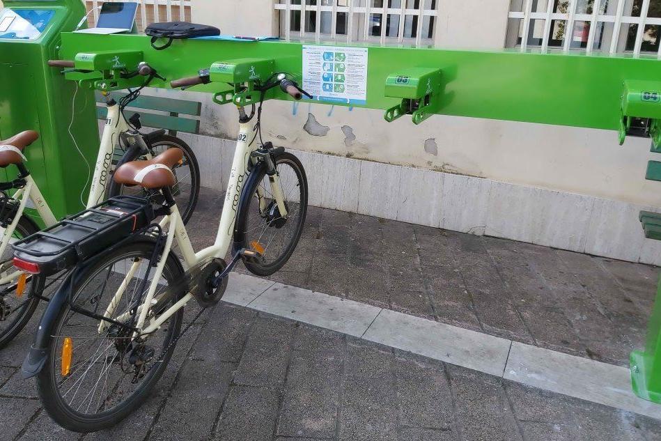 A Maracalagonis tre ciclo-stazioni per la mobilità sostenibile