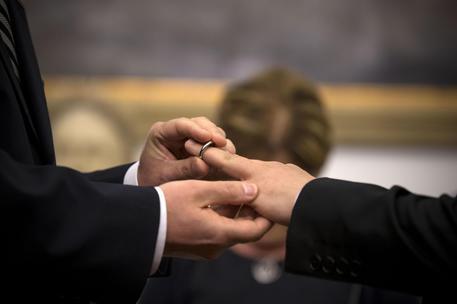"""Matrimonio per tutti"": referendum in Svizzera"