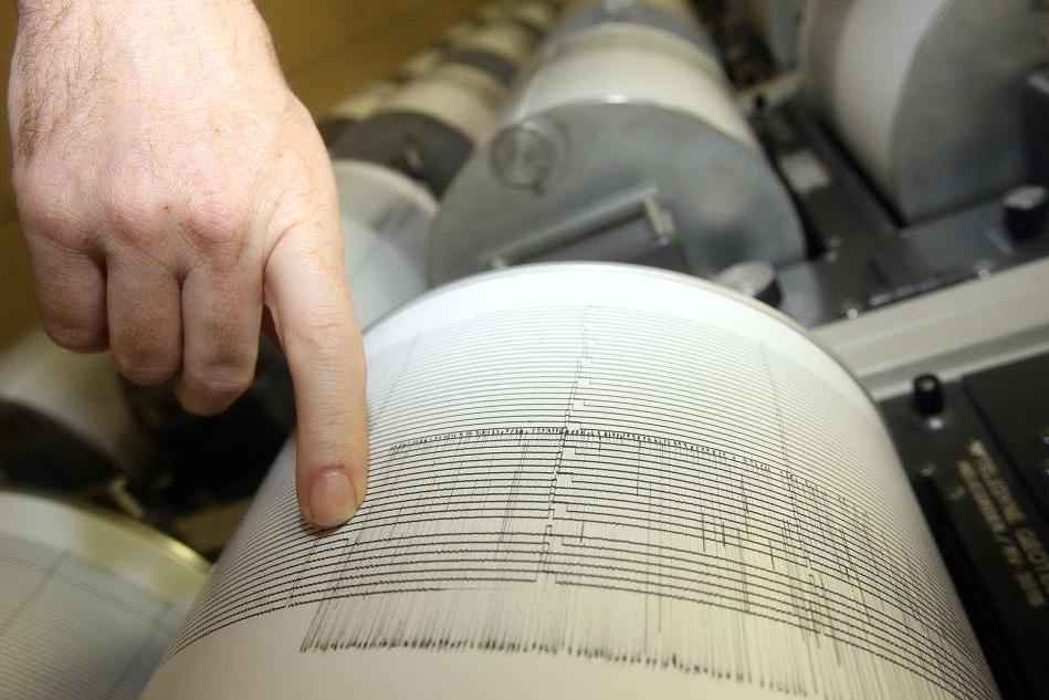 Scossa di terremoto nella valle del Rodano, fermati i reattori nucleari
