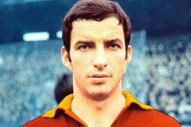 Taccola, 49 anni fa la morte allo stadio Amsicora dell'attaccante della Roma