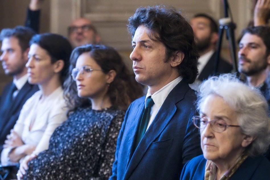 Il leader radicale Marco Cappato durante l'udienza alla Consulta (Ansa)