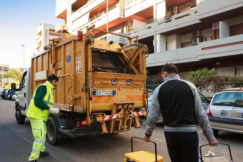 Raccolta rifiuti, primi dubbi sul nuovo corso