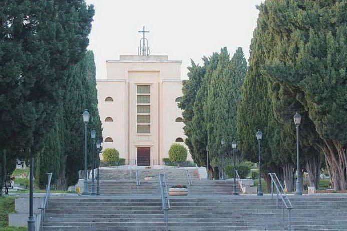 Il cimitero di San Michele a Cagliari (archivio L'Unione Sarda)