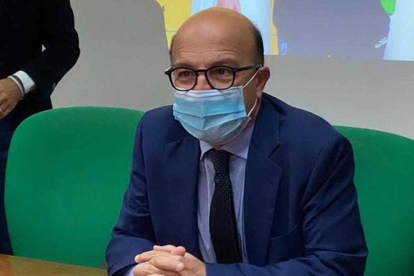 """Vaccini, Nieddu: """"Da domani siringhe ai medici di base, così recupereremo i ritardi"""""""