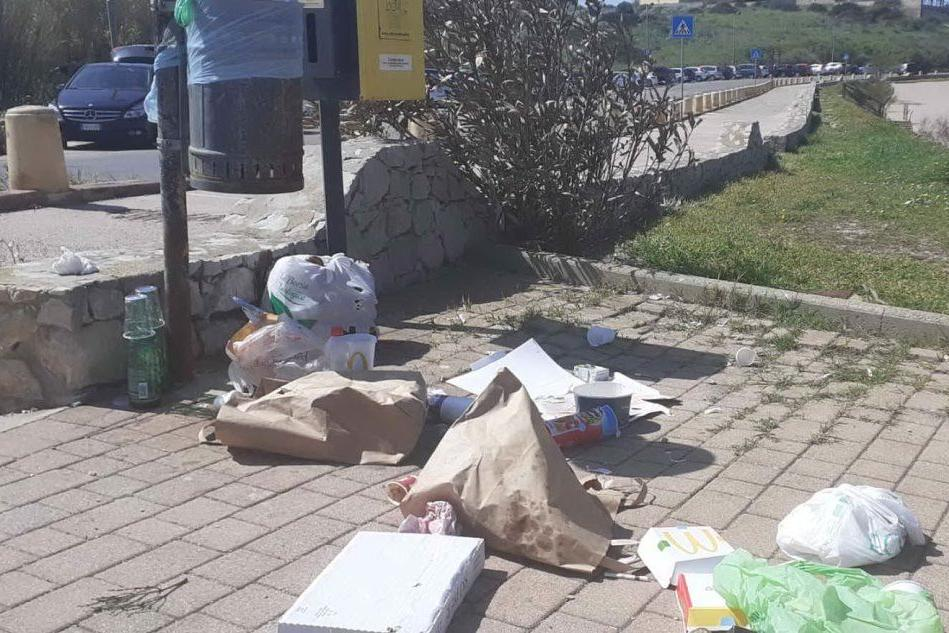 Porto Torres, incivili di nuovo in azione al parco di Balai