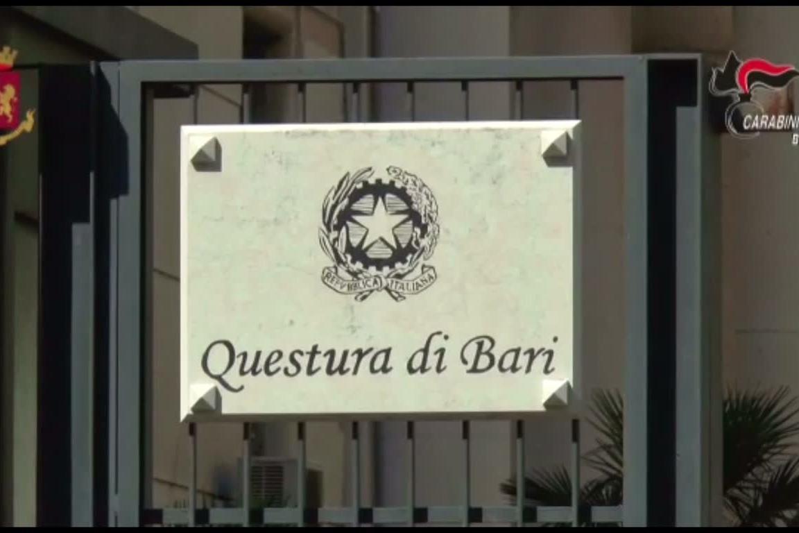 Blitz antimafia a Bari, in manette otto esponenti del clan Strisciuglio