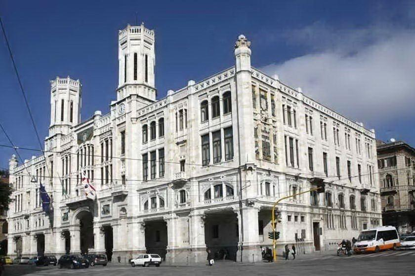 Il Comune di Cagliari (archivio L'Unione Sarda)