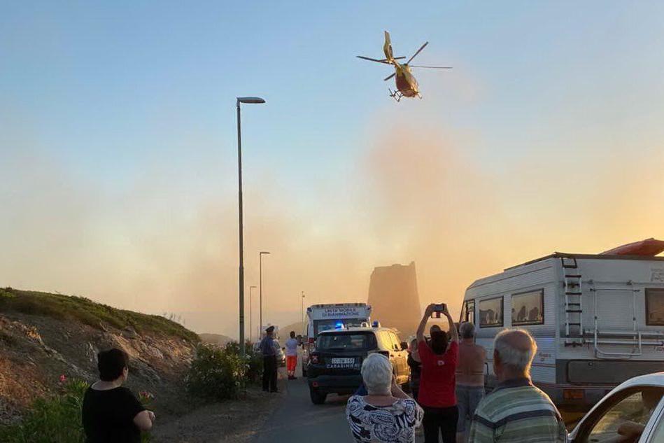 Torre dei Corsari, anziano colpito da malore: decolla l'elisoccorso