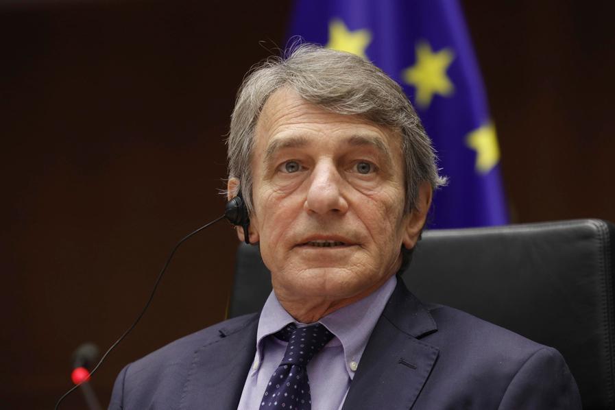 Mosca contro la Ue: vietato l'ingresso di David Sassoli e altri 7 esponenti europei in Russia