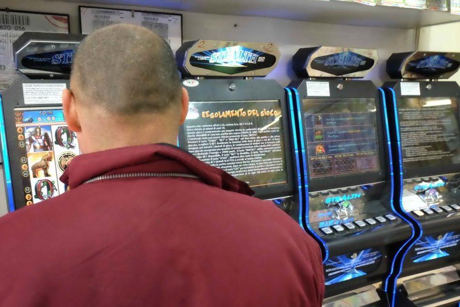 Giochi d'azzardo in SardegnaDiminuisce la spesa annua