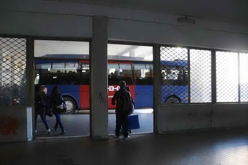 Mezzi pubblici pieni al 50%, le nuove linee guida dell'Arst