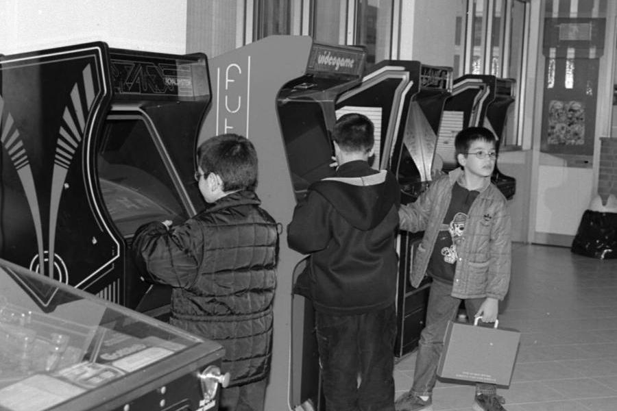 Pac-man, Bubble bubble, Space invaders: torna la mania dei videogames anni Ottanta