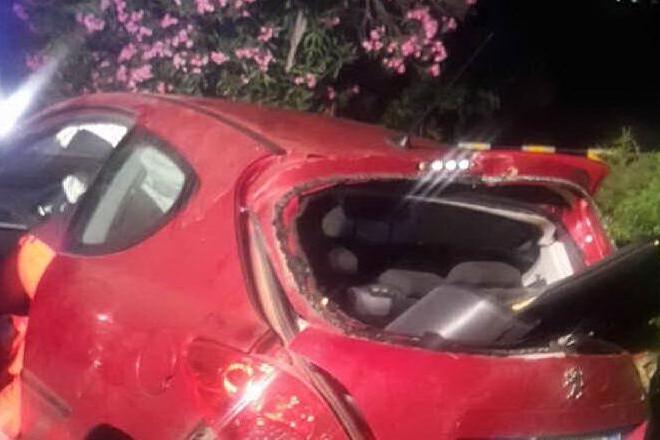 Si schianta contro un muro sulla 126: automobilista ricoverato
