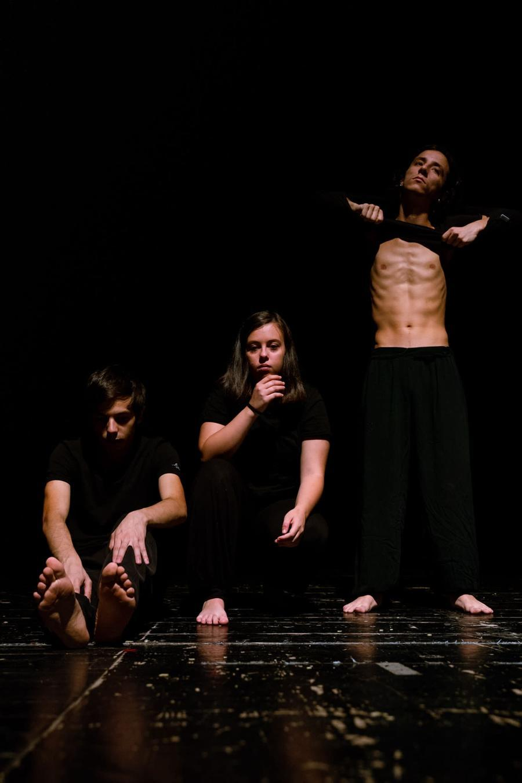 Viagem sentimental, gli attori in scena all'Eliseo di Nuoro (foto Gigi Murru)
