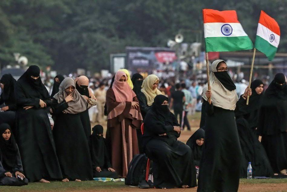 Mumbai, migliaia in piazza contro la legge sulla cittadinanza anti-Islam