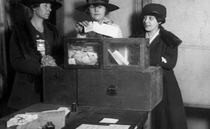 #AccaddeOggi: il 1 febbraio 1945 viene pubblicato sulla Gazzetta il decreto sul suffragio universale. Le donne hanno diritto di voto