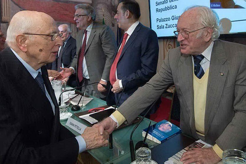 Addio al giornalista e scrittore Arrigo Levi: aveva 94 anni