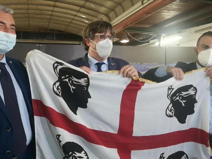 Puigdemont lascia la Sardegna:tornerà il 4 ottobre per l'udienza