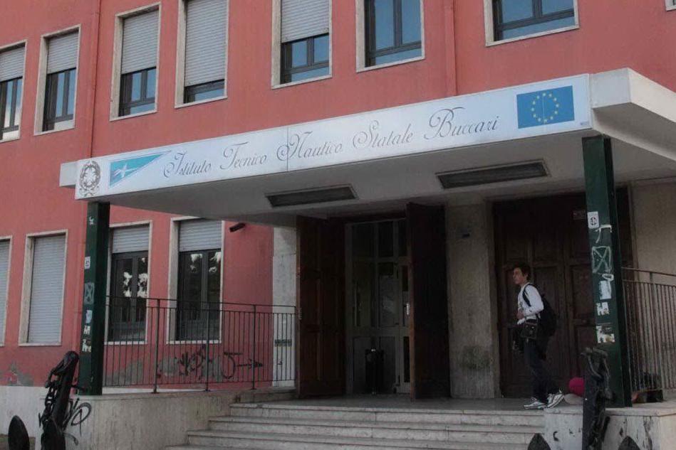 Scrutatore con febbre e tosse: chiusa la sezione di un seggio a Cagliari