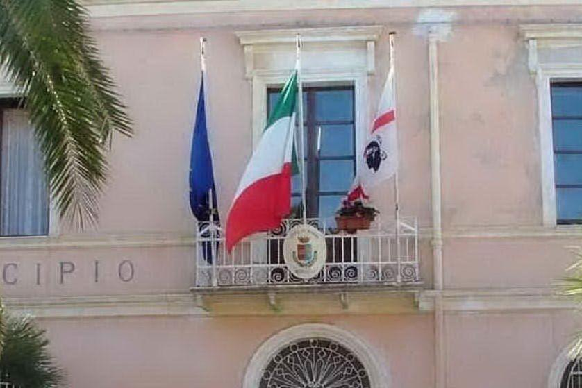 Il municipio di Sorso (foto L'Unione Sarda - Tellini)