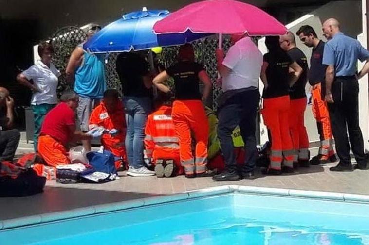 Bimbo annegato in piscina ad Orosei: condannato uno dei gestori del residence