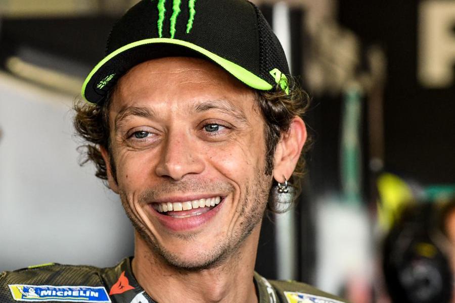 """Valentino Rossi ha deciso: """"Smetto a fine stagione"""""""