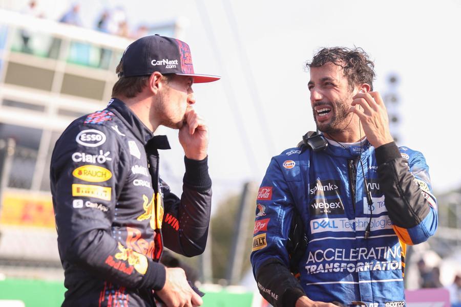 Gp di Monza: Bottas vince la Sprint Race ma la pole è di Verstappen, in terza fila le Ferrari