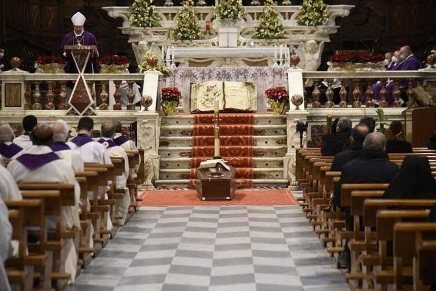 A Oristano celebrati i funerali di Sergio Pintor, vescovo emerito di Ozieri