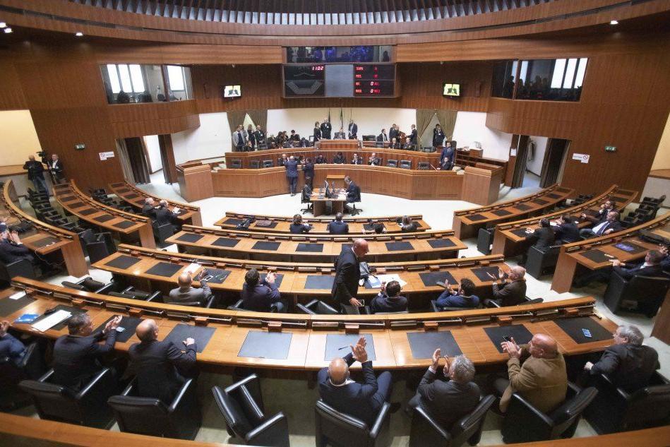 Consiglio regionale, salta l'elezione del presidente della commissione Bilancio