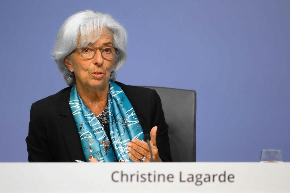 La Bce aumenta il piano acquisti di titoli anti-Covid