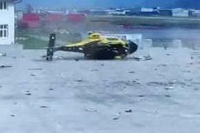 L'elicottero della Gdf si rovescia al momento del decollo