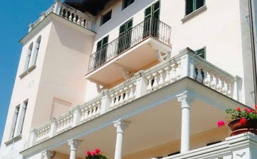 La struttura che Stefano gestisce insieme alla sorella Francesca (foto Villa Liberty by Bugella)