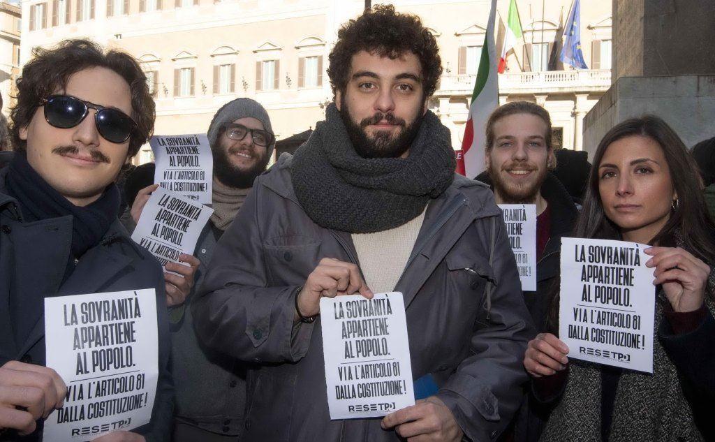 Dario Corallo, giovane dem candidato alla segreteria (foto Ansa)