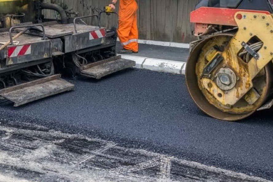 Selegas, nuovo asfalto nelle strade attraversate dalla rete del gas