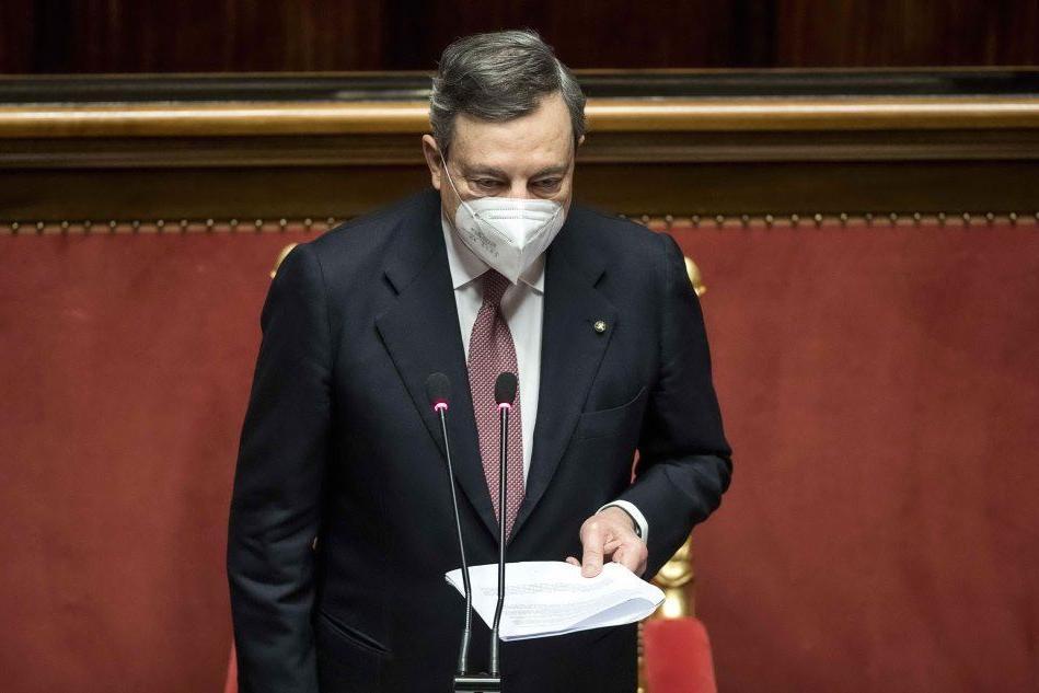 Draghi al Senato: il discorso per chiedere la fiducia