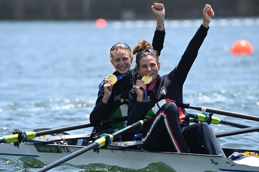Tokyo2020, Italia oro nel canottaggio femminile.Paltrinieri argento
