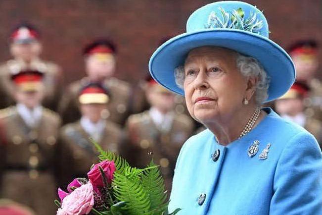 I 95 anni di Elisabetta II: il primo compleanno senza l'amato Filippo