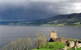 Il lago di Loch Ness (foto archivio L'Unione Sarda)