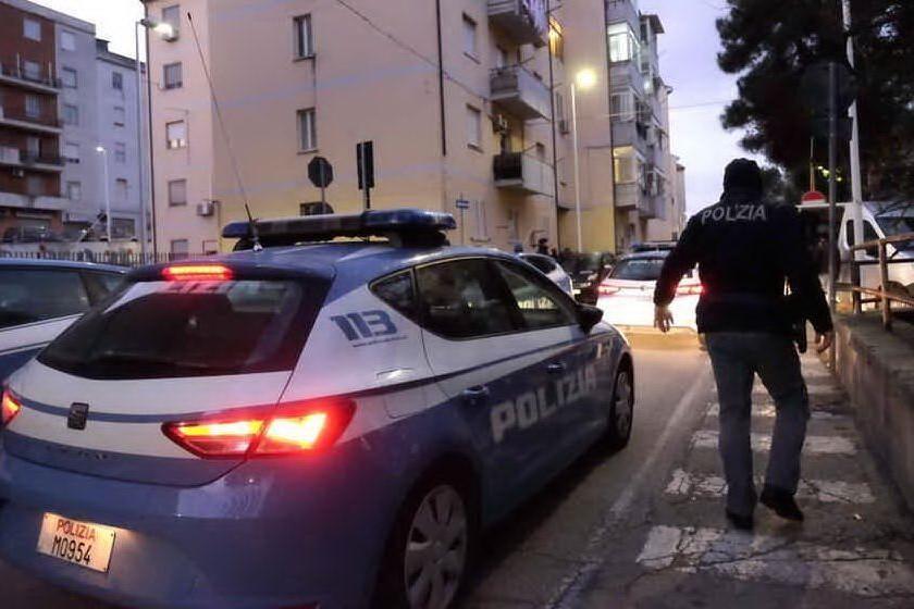 Colpo in gioielleria a Is Mirrionis: in azione due uomini e una donna