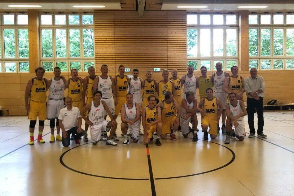 A Berlino le Dinamo Legends battono l'Alba: 105-59