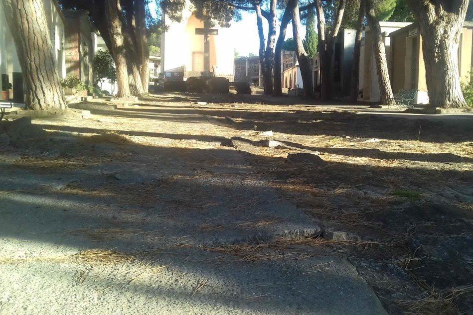 Cimiteri: ecco l'operazione rinnovo delle concessioni a Carbonia e Cortoghiana