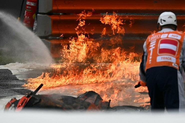 MotoGp, primo trionfo per Jorge Martin: tredicesimoRossi, grande paura per un incendio in pista