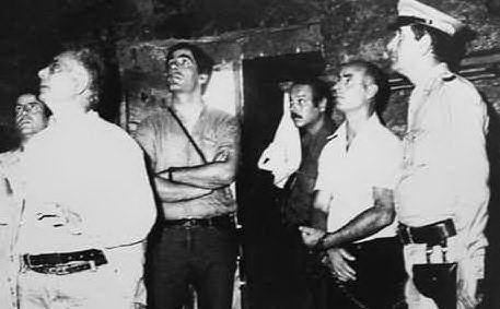 Gli inquirenti nell'ovile di Sa Janna Bassa, dove un blitz della polizia aveva interrotto una riunione tra le Br e Barbagia Rossa