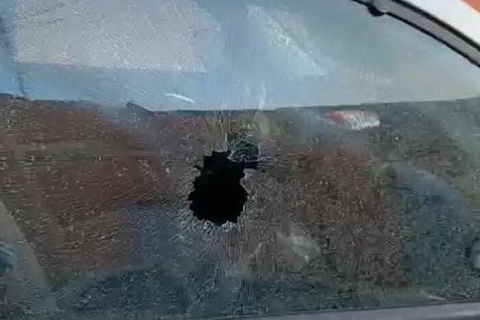 Raid a Monserrato, i vandali danneggiano decine di auto