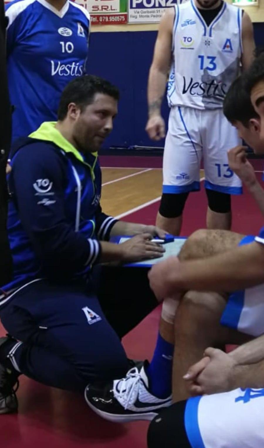 Il coach dell'Azzurra Oristano, Giancarlo Bogo (foto Pala)