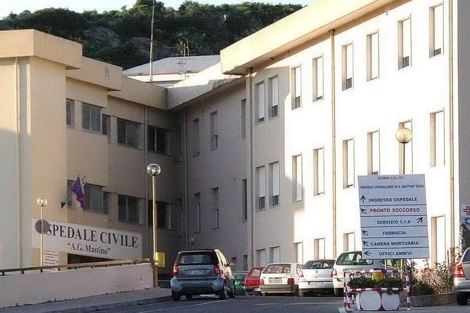 Bosa, in ospedale 14 positiviSamugheo, ancora emergenza